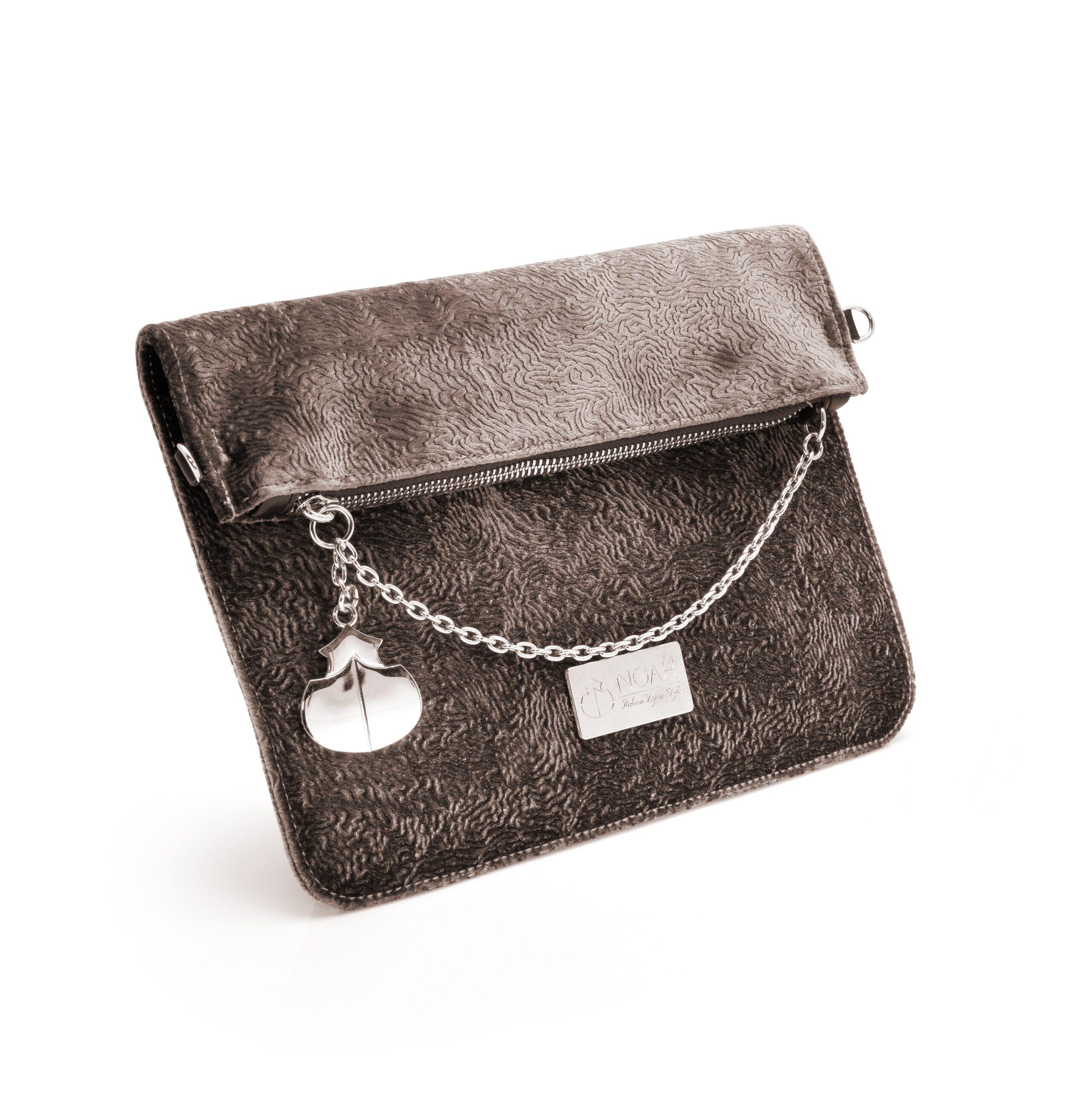 DAS PRODUKTFOTO Handtaschen Damen professioneller Fotograf Profi Produktbilder für AMAZON Onlineshop FBA Marketing Damenhandtaschen Produktfotograf