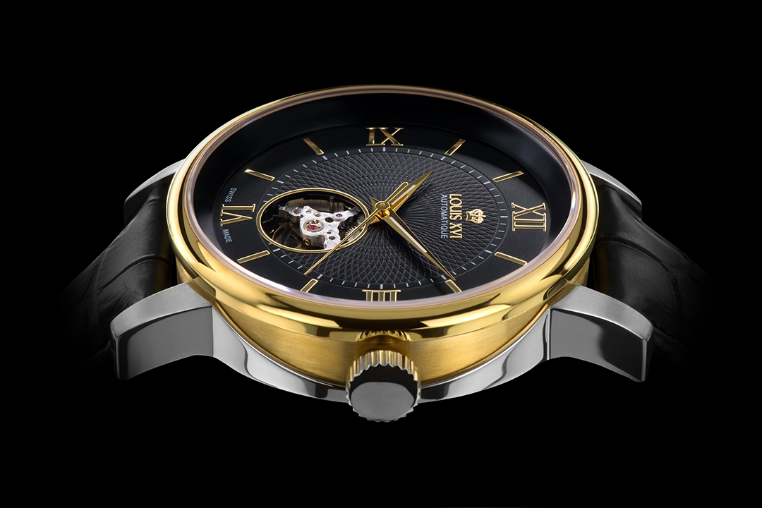 Louis XVI JSPC International Schweizer Uhrenfotograf Uhrenfotografie  Spezialist  Fotograf Chrom Gold Metall