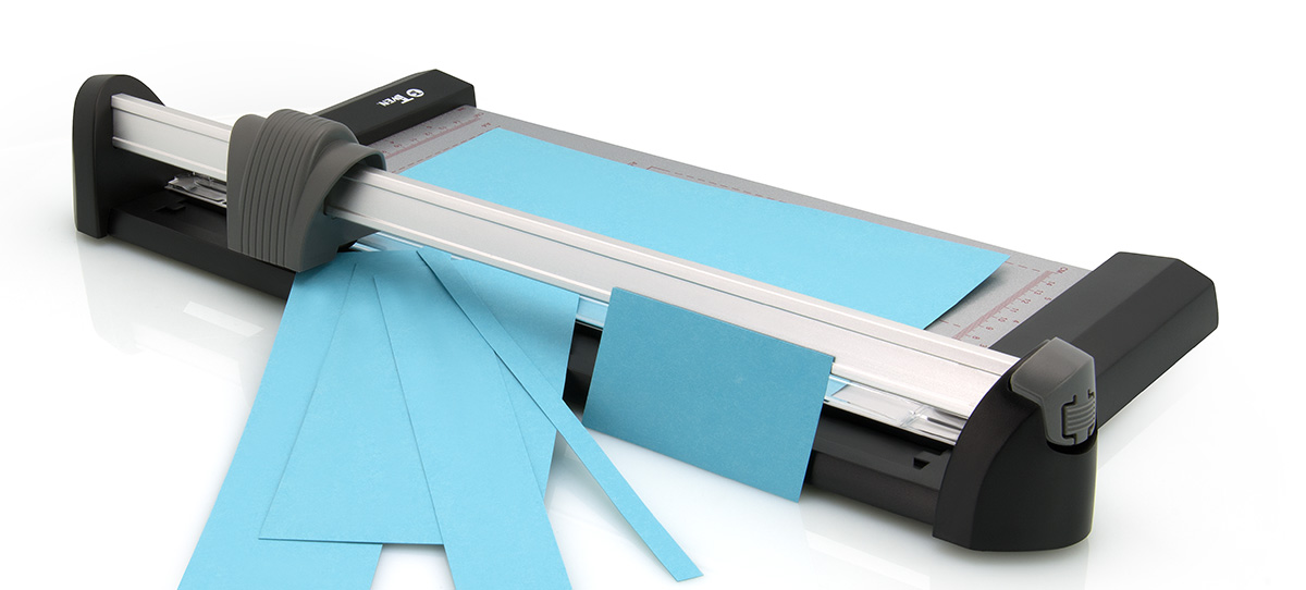 das-produktfoto-bueromaschinen-papierschneier-buerotechnik